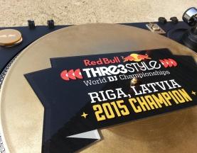 Red Bull Thre3style – Finał Łotwa 2015 trofeum